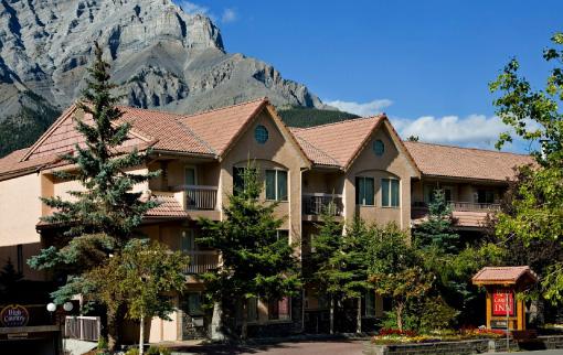 Banff Red Carpet Inn
